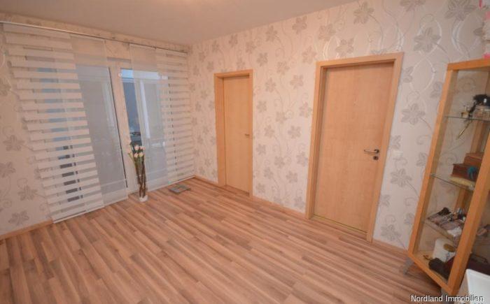 Schlafzimmer mit eigenem Bad und Ankleide