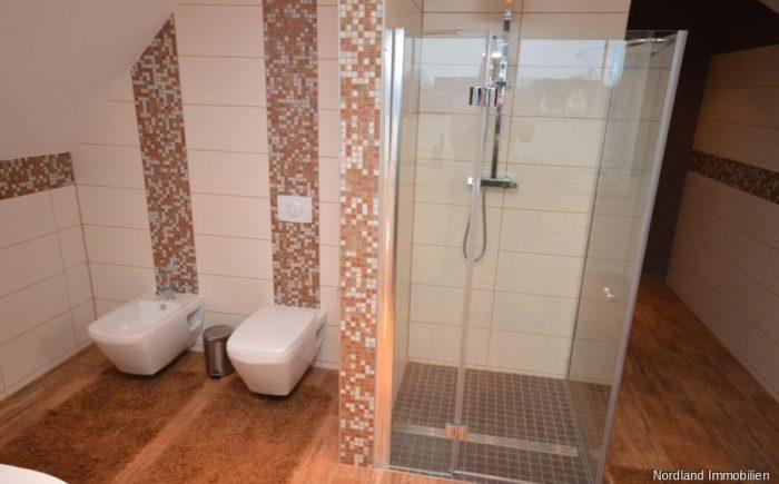 Dusche, WC, Bidet