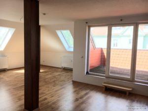 Wohnzimmer mit Dachterrasse