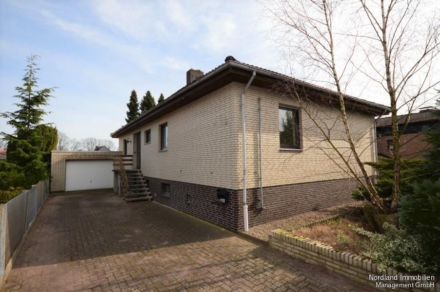 Beliebt Sanierungsbedürftiger Bungalow mit Garage und Keller in ruhiger SY94