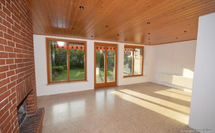 Lichtdurchfluteter Anbau als Esszimmer in Westausrichtung