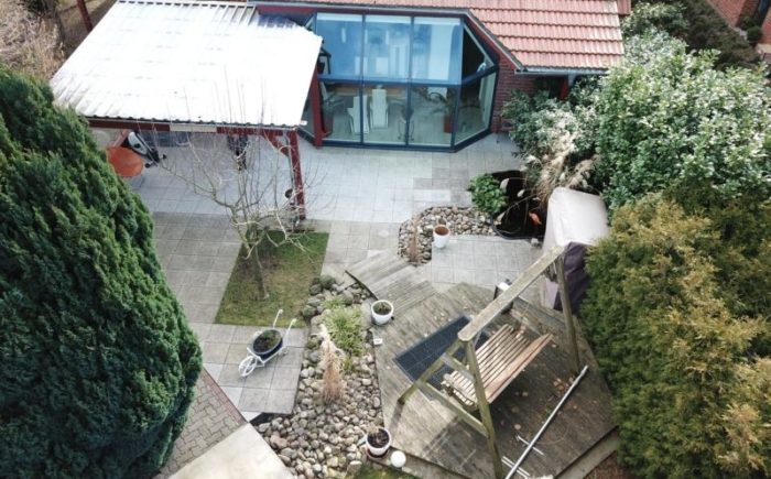 Wintergarten und überdachte Terrasse