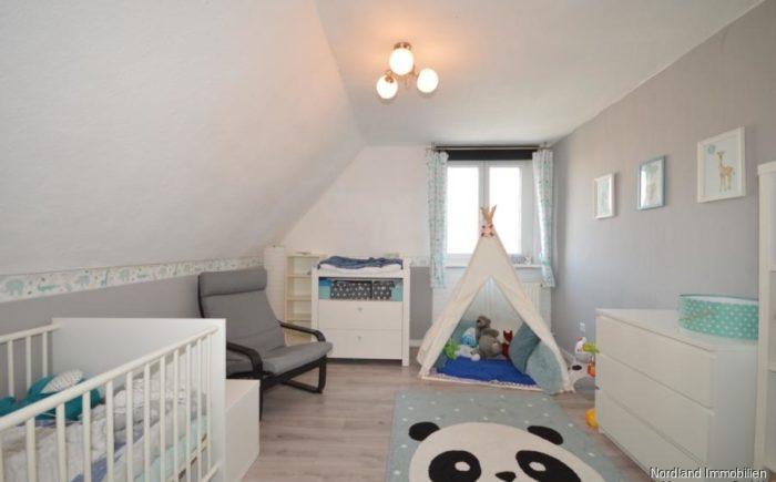Kinderzimmer oder Ankleide