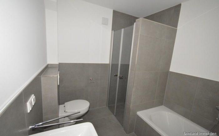 Dusche mit Fußbodenheizung